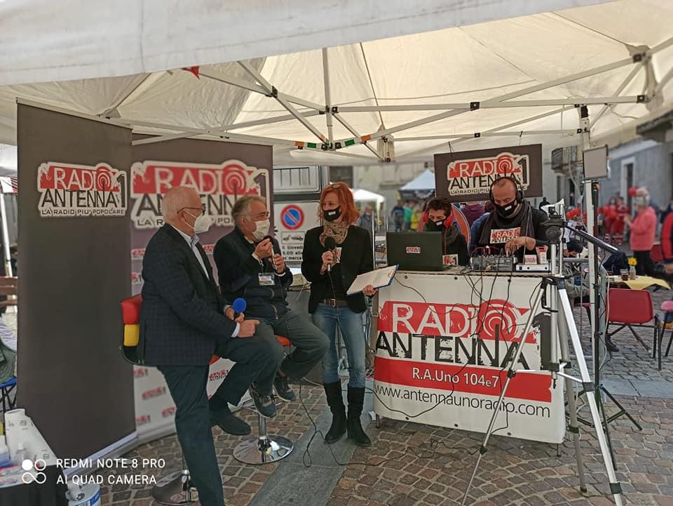 Esterna Radio Antenna Uno